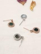 (925Silver) シェルキュービックピアス ピアス 韓国ファッション