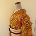 正絹ちりめん くちなし色に松竹梅や楓の小紋 袷の着物