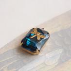 1960's ブルーガラスストーンに真鍮のとんぼ(1コ)