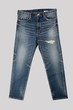 FITTED INDIGO SLIM TAPERED LEG<TRIPLE DOUBLE>