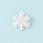 白磁の雪の結晶ブローチ
