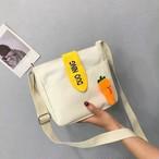 【小物】刺繡入りダイコンアルファベットかわいいバッグ 23875366