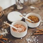 陶器のスパイスケース 二層 専用スプーン2本付き 蓋あり / Spice Case 2 Layers + 2 Spoons with Cover