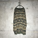 [used] small squares designed knit