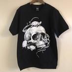 カメとスカルがフロントプリントTシャツ(ブラック×白カメ)