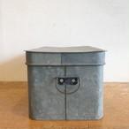 古いトタン缶 S