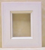ミニ額ホワイトB-31014額縁寸法100mm×80ミmm窓枠寸法86mm×66mm 2mmアクリル/裏板付/箱付き/卓上壁掛け兼用