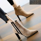 【shoes】個性感満々リベット飾りブーツ25694716