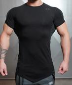 BODY ENGINEERS ボディエンジニア KANA Performance Tシャツ – ブラック【Black on Black】 メーカー直輸入品