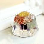 ダイヤモンド型 フローライトオルゴナイト 子供のような自由な発想を刺激する天才の石