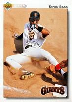 MLBカード 92UPPERDECK Kevin Bass #107 GIANTS