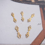 ヴィンテージ 真鍮製のスタンピングコネクター(2コ)