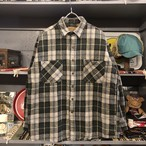 90s ST JOHN'S BAY Flannel Shirt