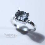 ハーキマー・ダイヤモンドのリング