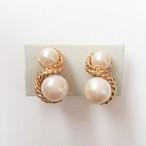 """""""AVON"""" double pearl earring[e-902]"""