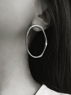 New!【Common Muse】MERLE OVAL PIERCE