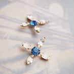 ヴィンテージ ラインストーンとスワロフスキー コンビの花型チャーム(1コ)