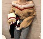 オフショルダーブイネックニット オフショルダー ニット 韓国ファッション