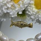 ヴィンテージ 18金のクネクネお魚