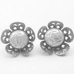 """CELEBRITY"" pearl flower earring[e-522]"