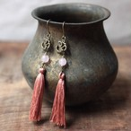 ピアス -rose quartz × pink tassel-