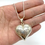 puffy etching heart ネックレス