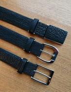 サメ革ベルト(34㎜幅)…サメ革の丈夫さと良さがわかります
