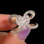 D073 Heart Cross Gorgeous Ring