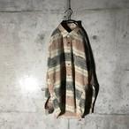 [used] flesh colour bordered shirt