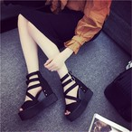 【shoes】厚底透かし彫り美脚洒落感満々サンダル