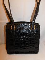 クロコダイルのビンティージバック crocodile vintage shoulder bag (made in Italy)