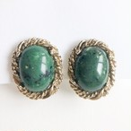 green cabochon earring[e-1211] ヴィンテージイヤリング