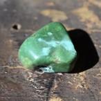 チベタン・ターコイズ3 深緑三角型