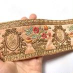 鉢植えと鏡模様のインド刺繍リボン
