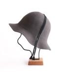 mature ha./folding hat/chacoal