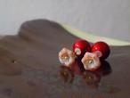 red flower beads earrings