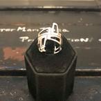幾何学的なリング