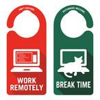 WORK REMOTELY(リモートワーク中)[1005] ドアノブ ドアプレート メッセージプレート