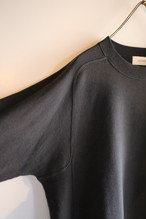THE HINOKI OG コットン裏起毛のスウェットシャツ Dark Gray #18W-18-C