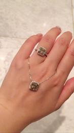 イエローモアサナイト ダイヤモンド 2カラット 18k