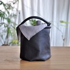 革の六角形バケツバッグ