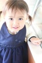 出産祝いはもちろん!ランチ会で注目のお姫様に♥ベビーエプロンネイビー