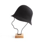 mature ha./widen free hat back stitch black