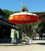 北野天満宮(京都)ずいき祭花傘製作