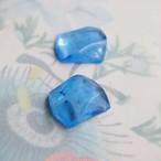1950's サファイアの結晶みたいなブルーのガラスカボション(1コ)