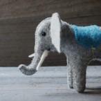 モンゴルの羊毛 ぞうさんピンクッション