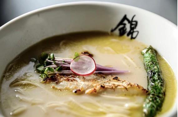 少し変わった出汁(スープ)を使ったラーメンの特集!(6セット紹介)