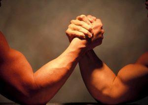 腕相撲(アームレスリング)の基本理論 技の種類・使う筋肉・トレーニング方法