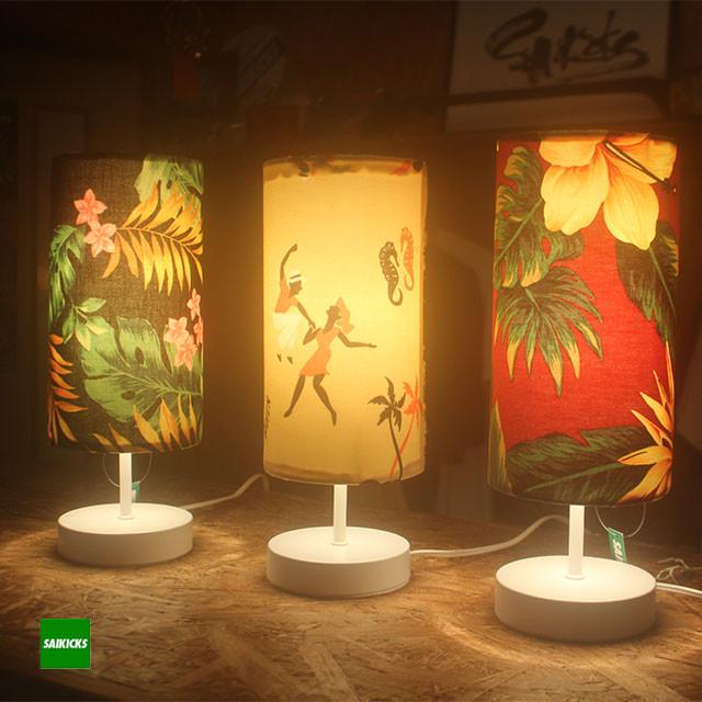 ALOHA FLOWER STAND LAMP