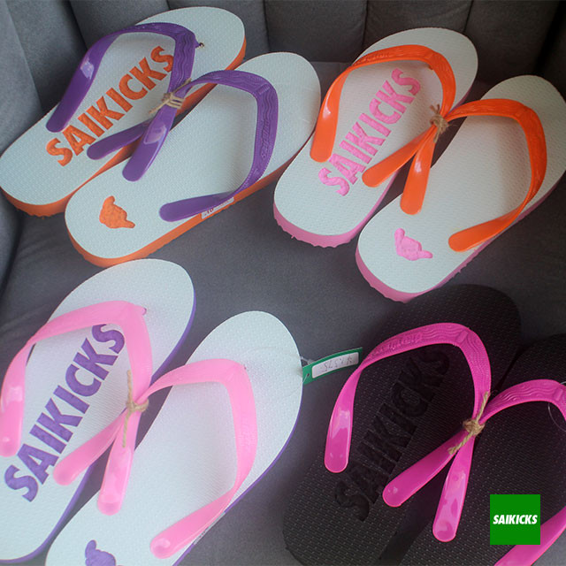 SAIKICKS LOGO BEACH SANDAL